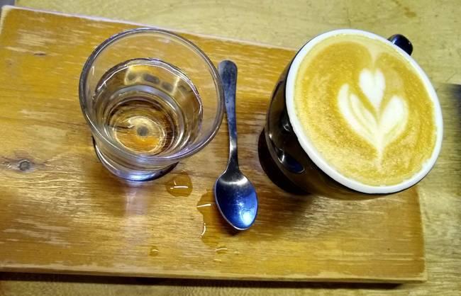 cafe con leche moka cafe