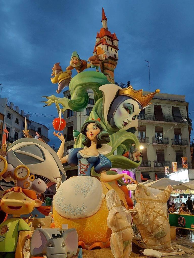 Fallas Valencia 2021 Snow White Theme