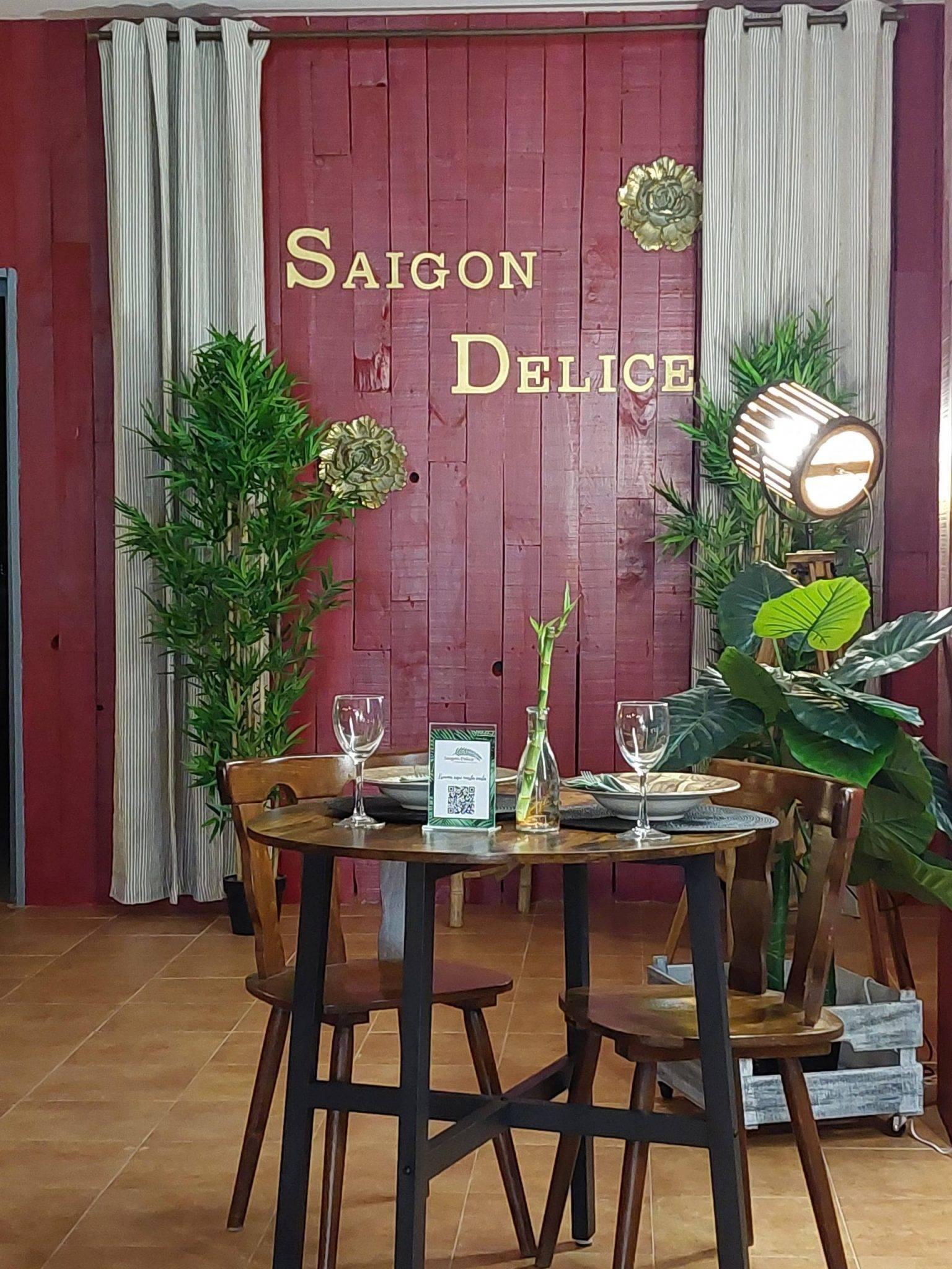 inside Saigon Delice-Valencia